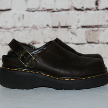 90s Dr Martens Clogs UK 6 US 8 Brown Leather Shoes Slip On Boots Chunky Heel Grunge Hipster Festival Minimalist Punk Goth Gothic Pastel