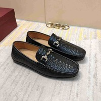 Ferragamo  Man Fashion Casual Shoes Men Fashion Boots fashionable Casual leather Breathable Sneakers Running Shoes Sneakers
