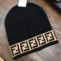 Fendi autumn and winter new knitted embroidered wool hat